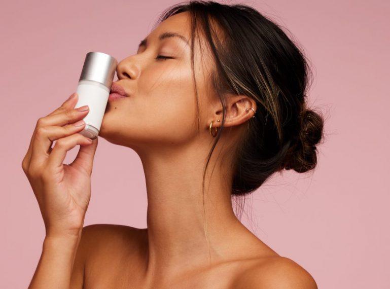 Welches Serum für die Couperose-Haut ist am besten? [Ranking der 5 TOP-Produkte]